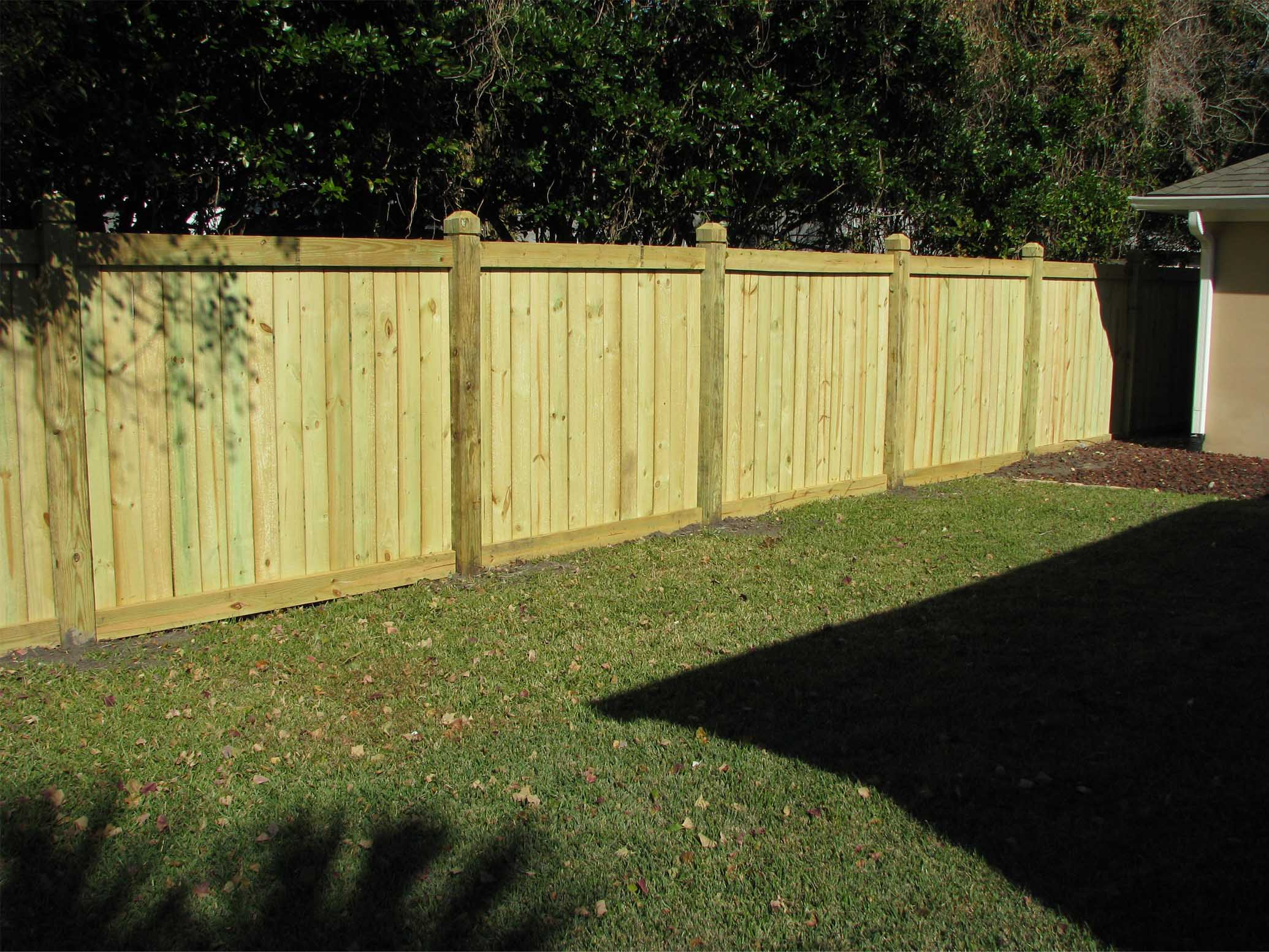 Gallery dpm fence llc for Types of fences